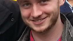 Simon (27)